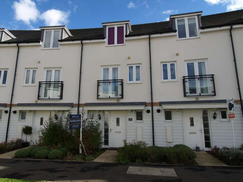3 Bedrooms Town House for sale in Top Fair Furlong, Redhouse Park, Milton Keynes