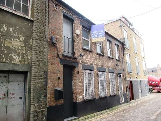 Office Commercial for sale in Fortescue Road, Hackney