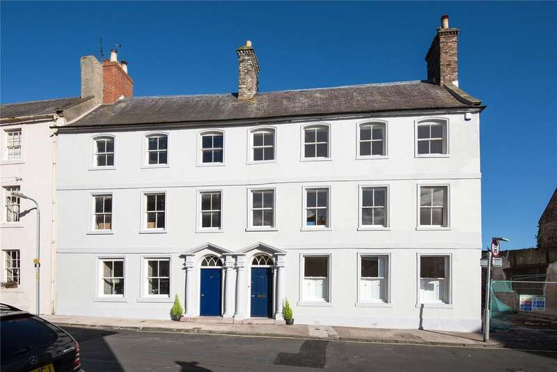 4 Bedrooms Semi Detached House for sale in Ravensdowne, Berwick-upon-Tweed, Northumberland