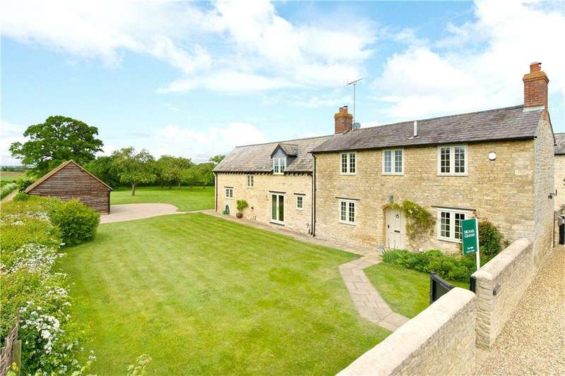 5 Bedrooms Farm House Character Property for sale in End Farm, Water Lane, Sherington, Buckinghamshire