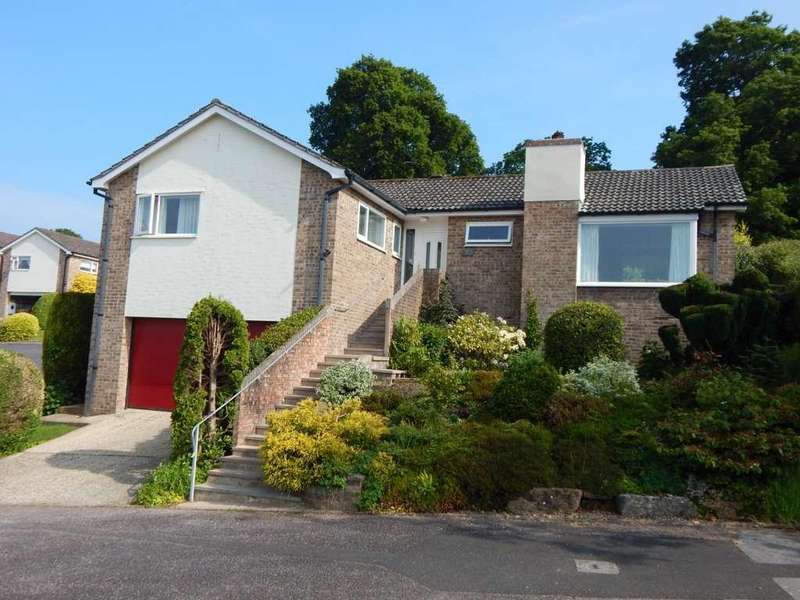3 Bedrooms Detached Bungalow for sale in Burnards Field Rd, Colyton, Devon