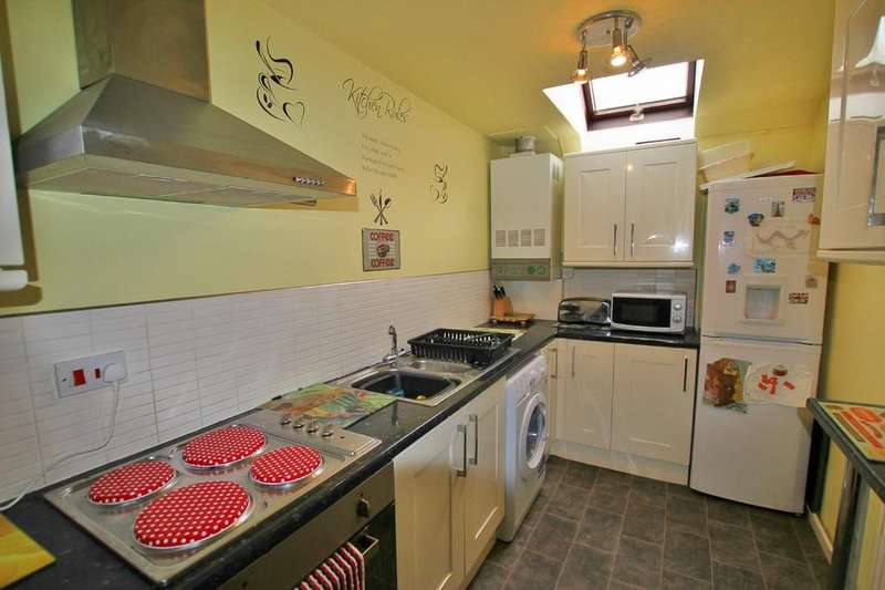 1 Bedroom Apartment Flat for sale in King Charles Court, ST JOHNS