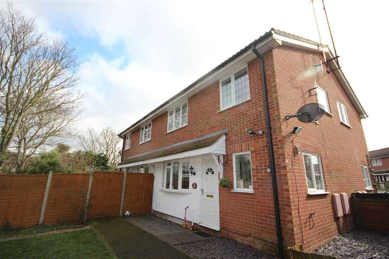 2 Bedrooms Terraced House for sale in Clayhall Road, Clacton-On-Sea