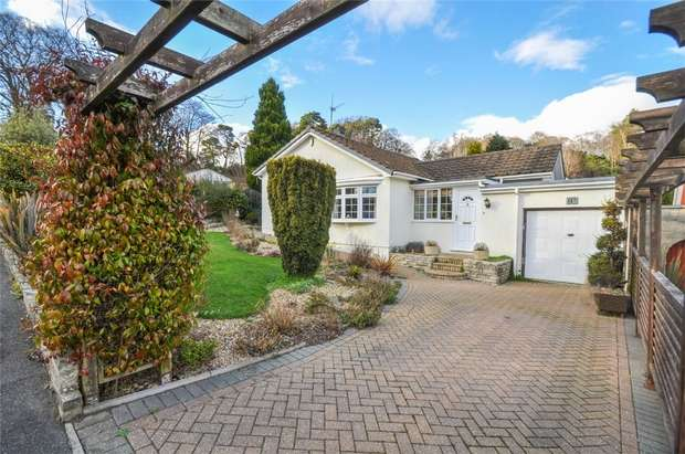 2 Bedrooms Detached Bungalow for sale in Park Homer Drive, WIMBORNE, Dorset