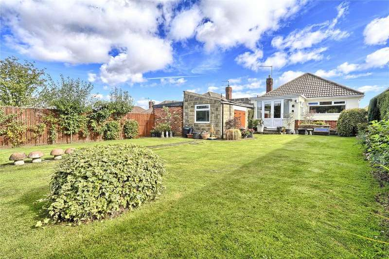 3 Bedrooms Detached Bungalow for sale in Longbank Road, Ormesby