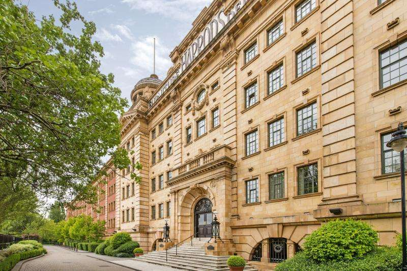 3 Bedrooms Flat for sale in William Hunt Mansions, Barnes Waterside, London, SW13