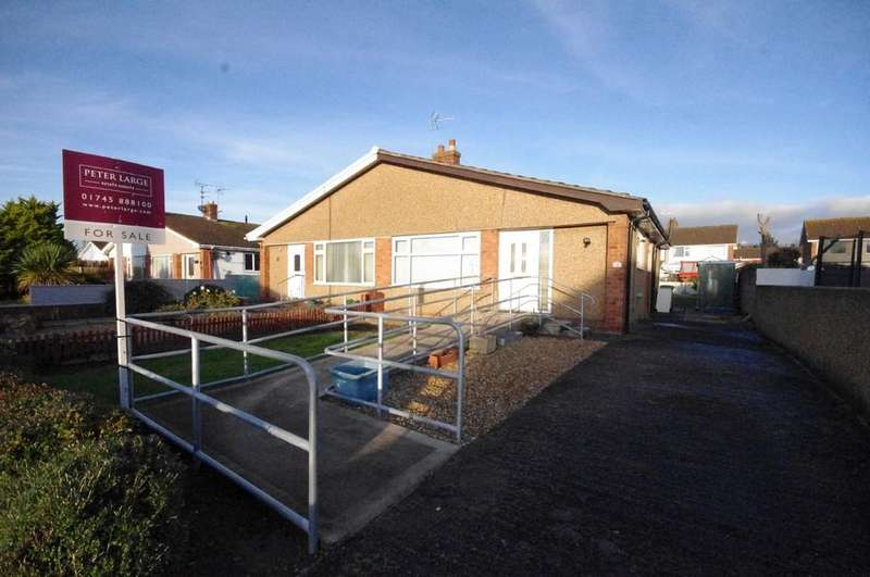 2 Bedrooms Semi Detached Bungalow for sale in Links Avenue, Rhuddlan