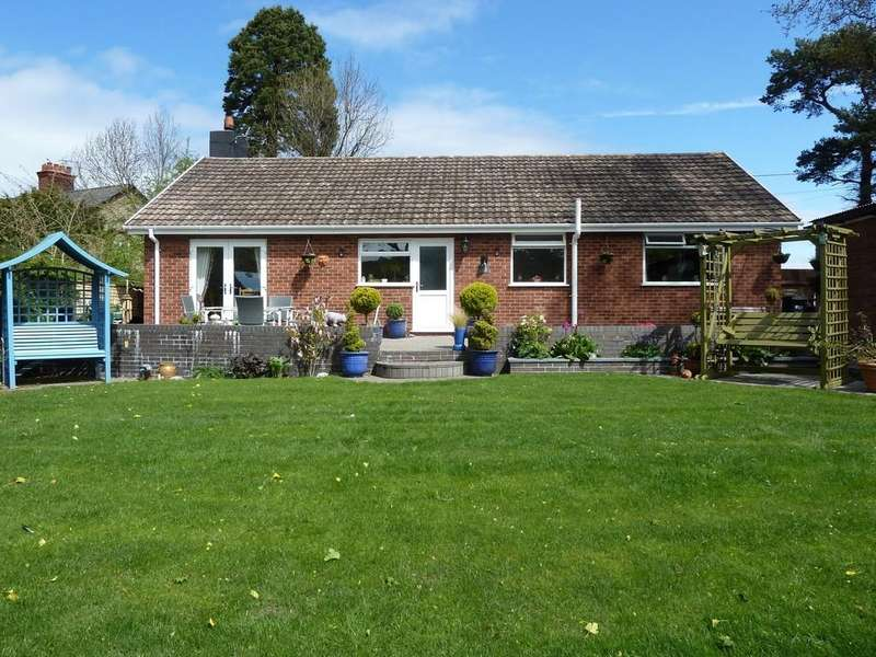 3 Bedrooms Detached Bungalow for sale in Hafod Y Ddol, Mostyn