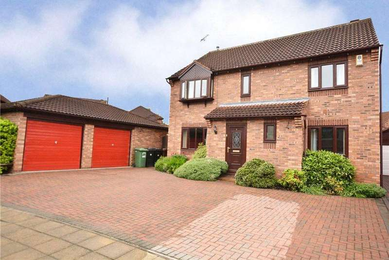 4 Bedrooms Detached House for sale in Ashburn Croft, Wetherby, West Yorkshire