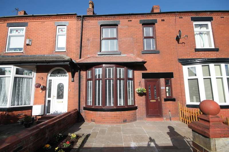 4 Bedrooms Terraced House for sale in Bolton Road, Kearsley, Bolton, BL4 8NH