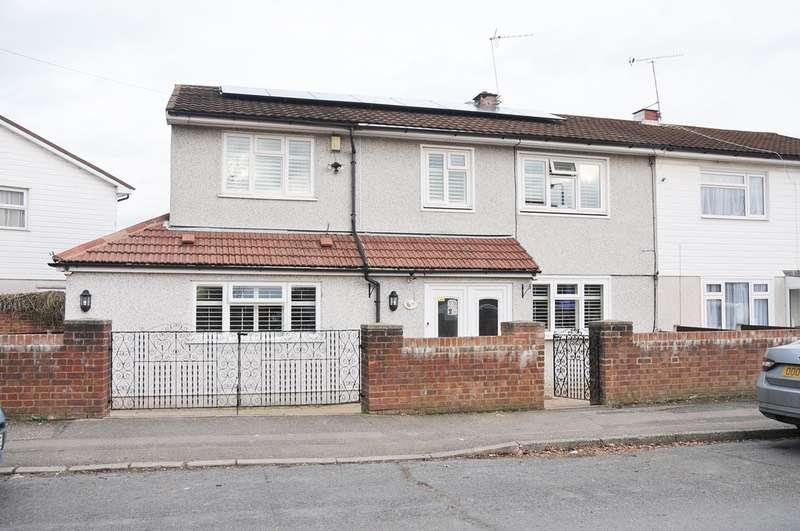 5 Bedrooms Semi Detached House for sale in colebrook lane, Debden, Essex, IG10