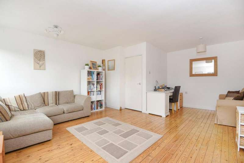 3 Bedrooms Town House for sale in Ellesmere Avenue, Beckenham, BR3