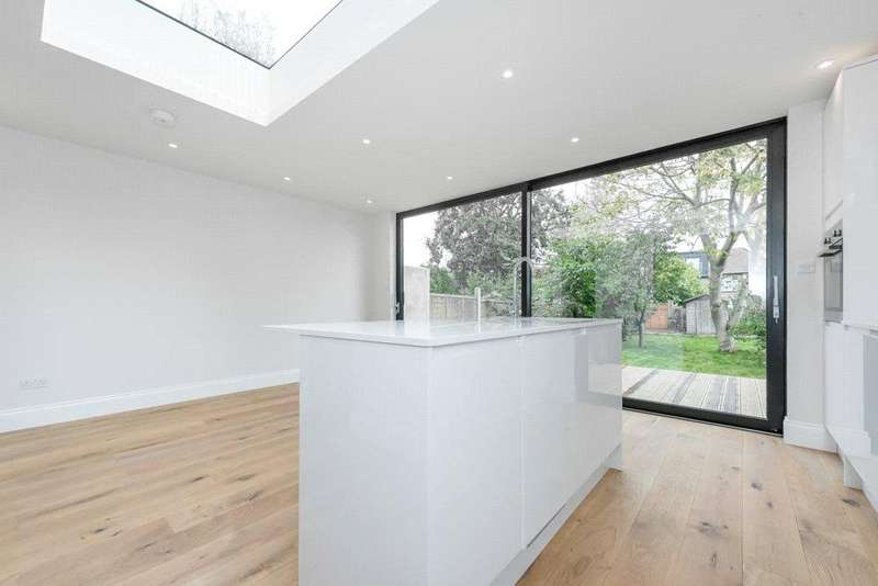 4 Bedrooms Terraced House for sale in Holland Road, London, NW10
