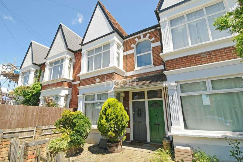 2 Bedrooms Flat for sale in Conyers Road, Streatham, SW16