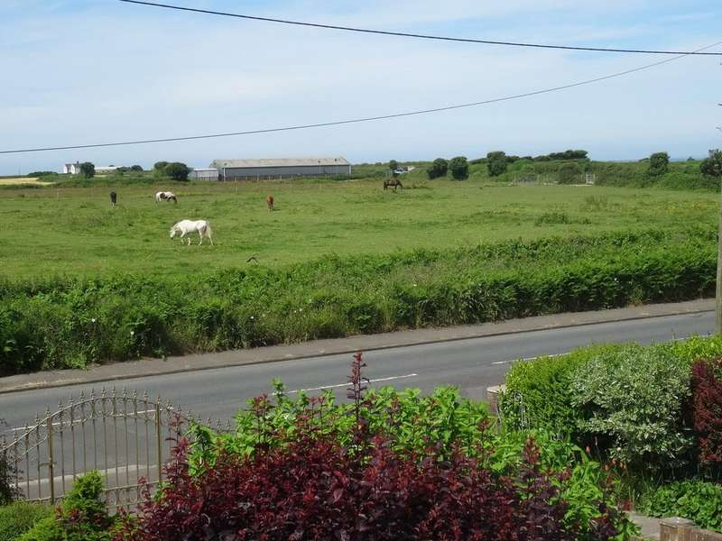 5 Bedrooms Detached House for sale in WEST ROAD, NOTTAGE, PORTHCAWL CF36 3RY
