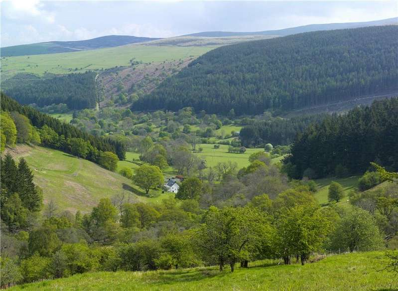 6 Bedrooms Farm House Character Property for sale in Llandrillo, Corwen, Denbighshire, LL21