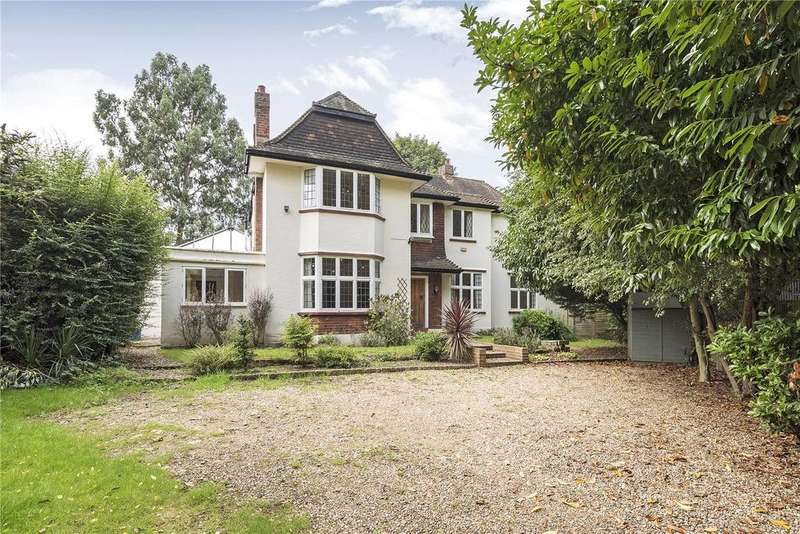 5 Bedrooms Detached House for sale in Hertford Avenue, East Sheen, London, SW14