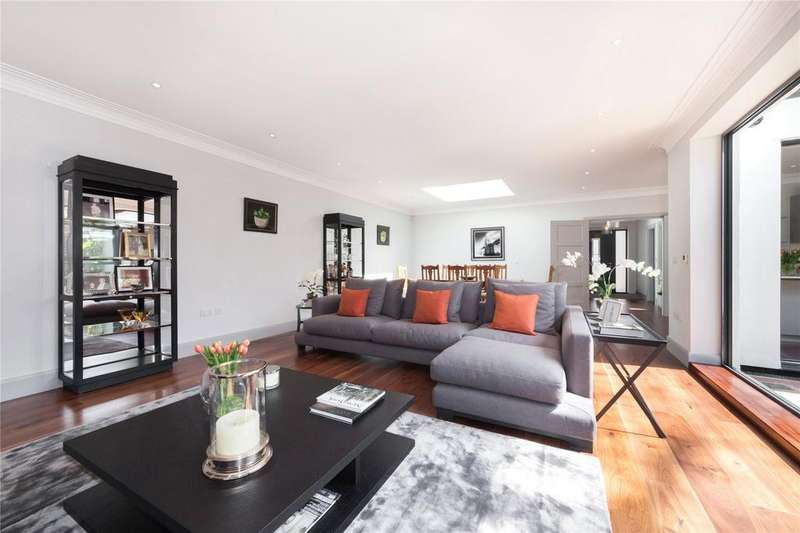 4 Bedrooms Detached House for sale in Hungerford Road, Holloway, London
