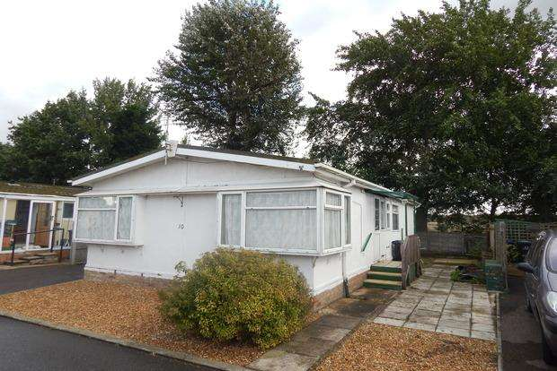 2 Bedrooms Park Home Mobile Home for sale in Cathedral View Park, Witchford, Ely, CB6