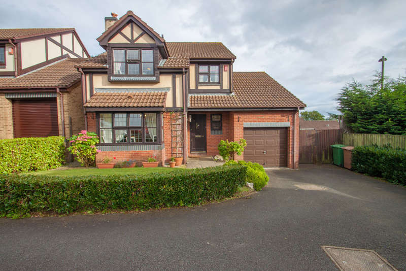4 Bedrooms Detached House for sale in Derriford, Plymouth