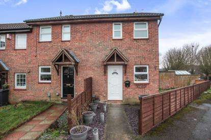 2 Bedrooms Terraced House for sale in Gainsborough Drive, Houghton Regis, Dunstable, Bedfordshire