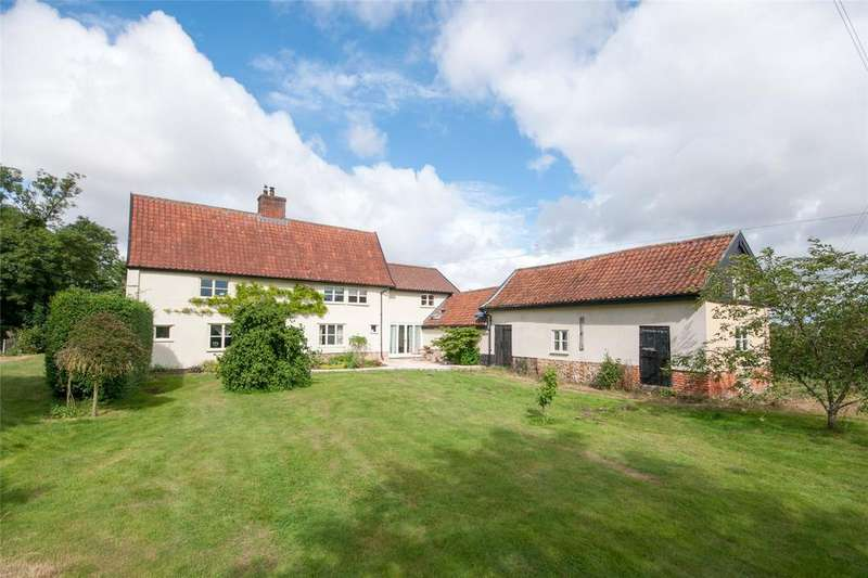 4 Bedrooms Detached House for sale in Common Road, Hardwick, Norfolk, NR15