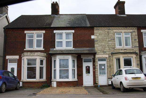 3 Bedrooms Terraced House for sale in Creek Road, March, PE15