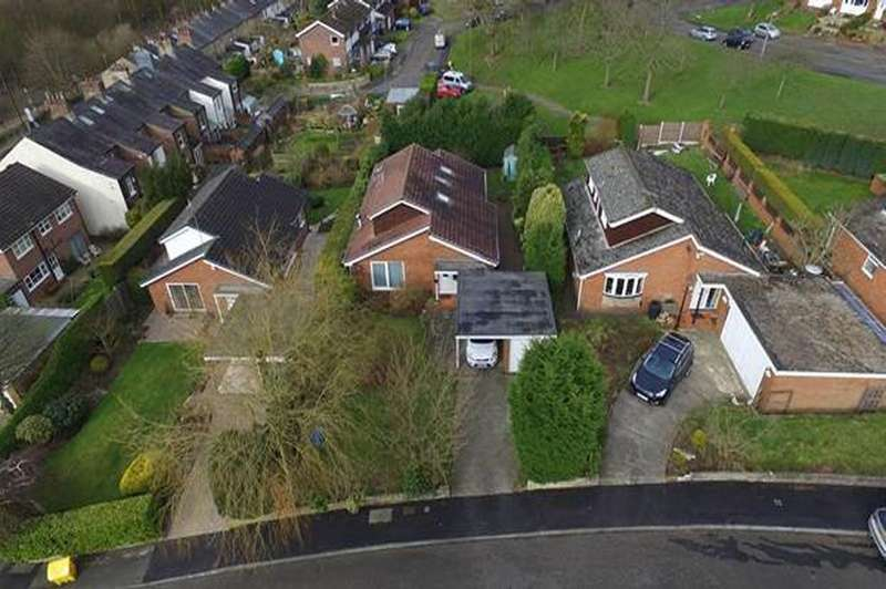 4 Bedrooms Detached House for sale in The Ceal, Compstall