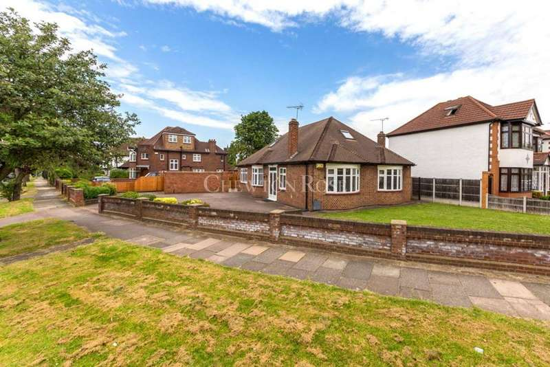 4 Bedrooms Bungalow for sale in UPMINSTER