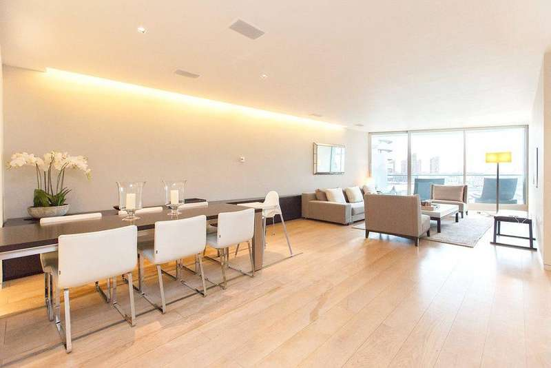 3 Bedrooms Flat for sale in Hester Road, Battersea Park, London, SW11