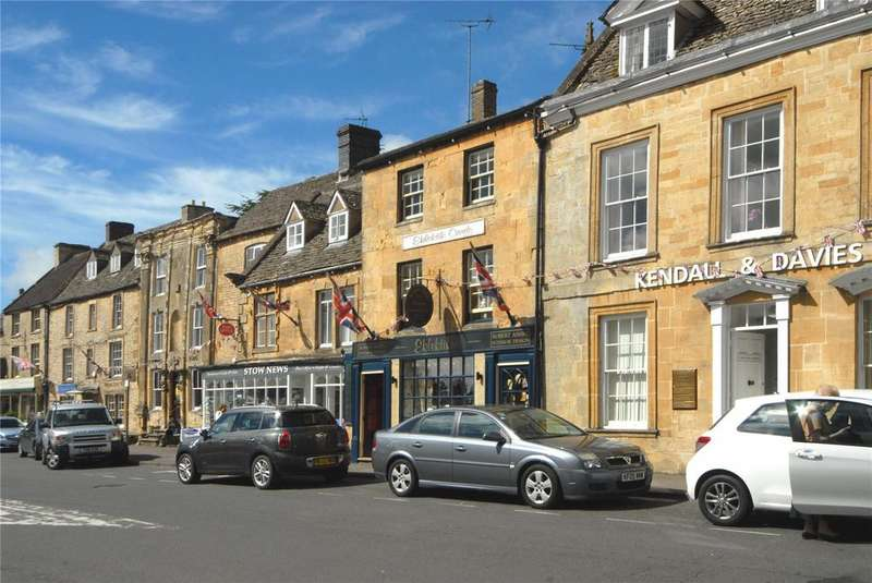 2 Bedrooms Unique Property for sale in The Square, Stow-On-The-Wold, Cheltenham, Gloucestershire, GL54