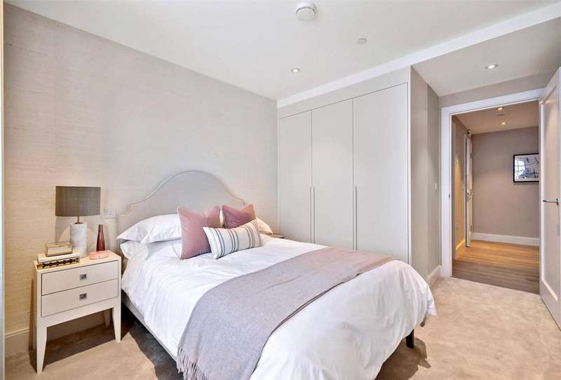 2 Bedrooms Flat for sale in The Quarters, 20-26 Wellesley Road, Croydon, London, CR9