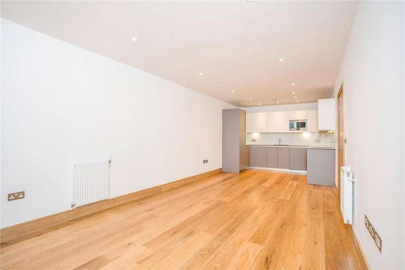2 Bedrooms Flat for sale in The Fusion, Cygnet Street, Shoreditch, E1