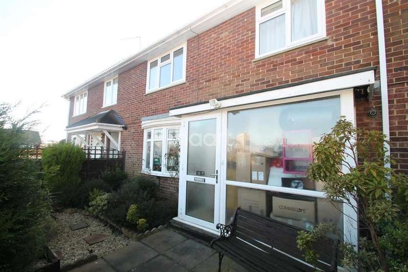 3 Bedrooms Terraced House for sale in Pendine Place