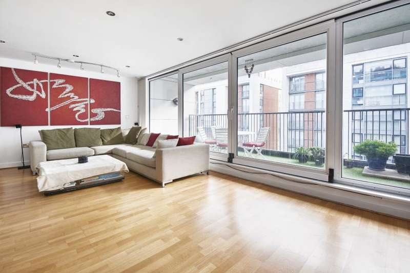 1 Bedroom Apartment Flat for sale in Baltic Apartments, Royal Docks, E16