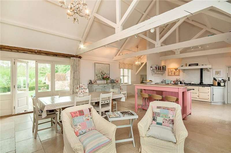 5 Bedrooms Detached House for sale in Northwood Park, Sparsholt, Winchester, Hampshire, SO21