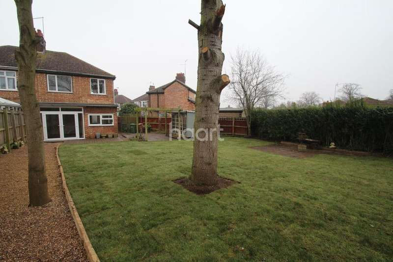 3 Bedrooms Semi Detached House for sale in Magee Road, Walton, Peterborough