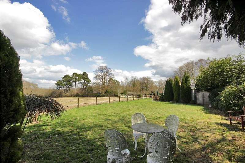 3 Bedrooms Detached Bungalow for sale in Speldhurst Road, Langton Green, Tunbridge Wells, Kent, TN3