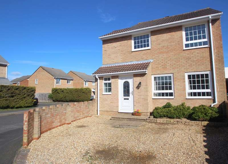 4 Bedrooms Link Detached House for sale in Whitwell, Southampton