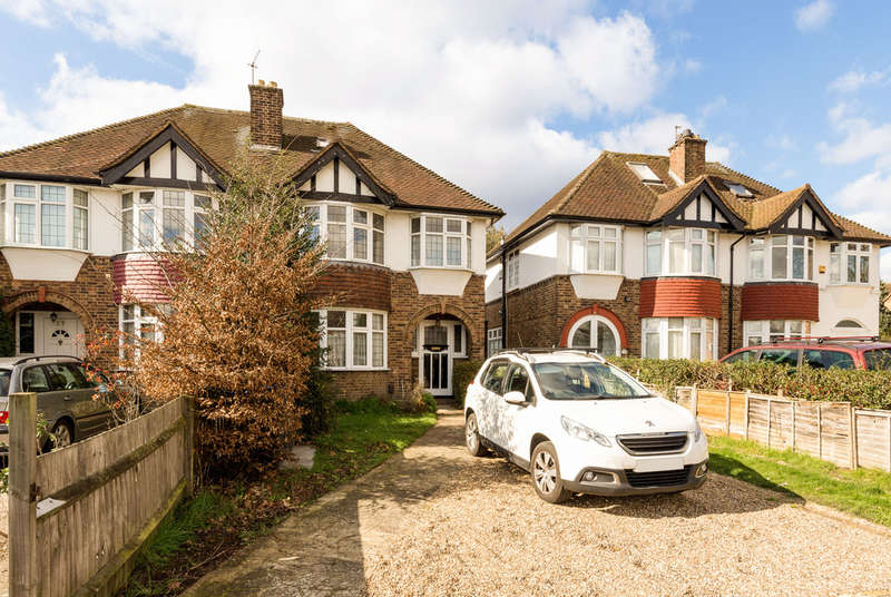 3 Bedrooms Semi Detached House for sale in Robin Hood Way, London, SW15