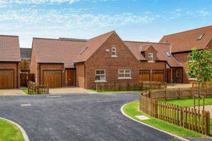 4 Bedrooms Detached House for sale in Off Old Farm Road, Beccles, Suffolk