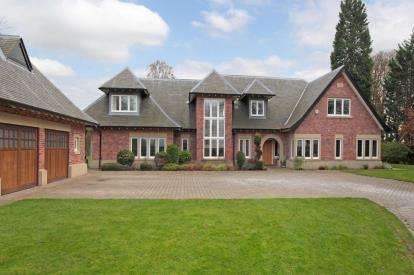 6 Bedrooms Detached House for sale in Chelford Road, Alderley Edge, Cheshire