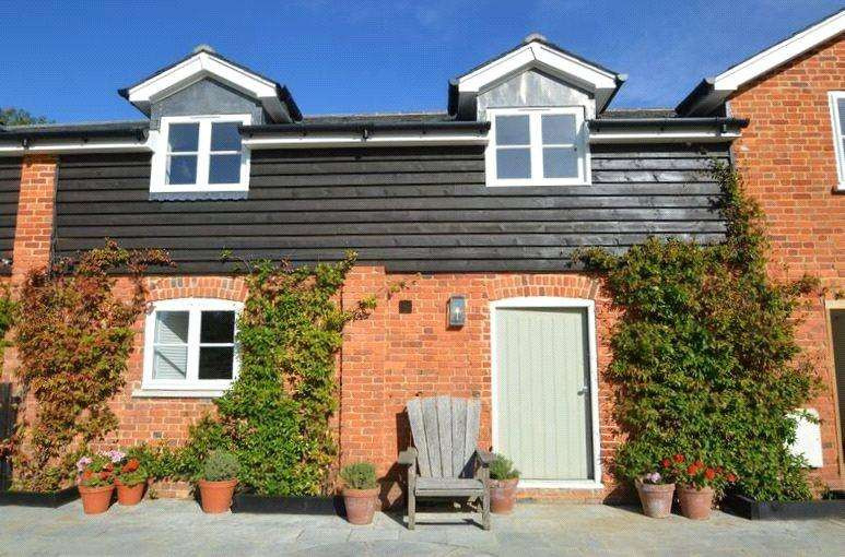 3 Bedrooms Terraced House for sale in The Nook, Bluebell Farm, Church Street, Seal, TN15