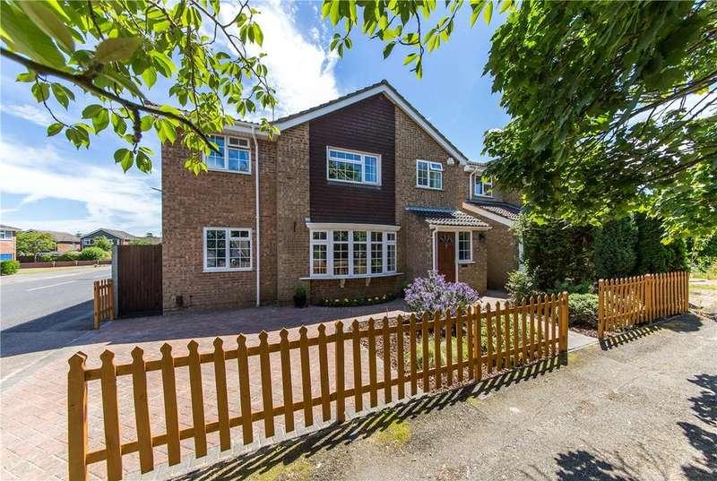 4 Bedrooms Detached House for sale in Aldwickbury Crescent, Harpenden, Hertfordshire