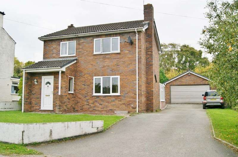 3 Bedrooms Detached House for sale in Vron, Wrexham