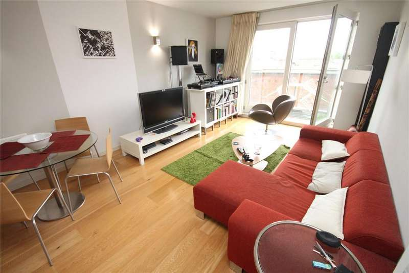 1 Bedroom Flat for sale in Skyline Central, Goulden Street, Manchester, Greater Manchester, M4