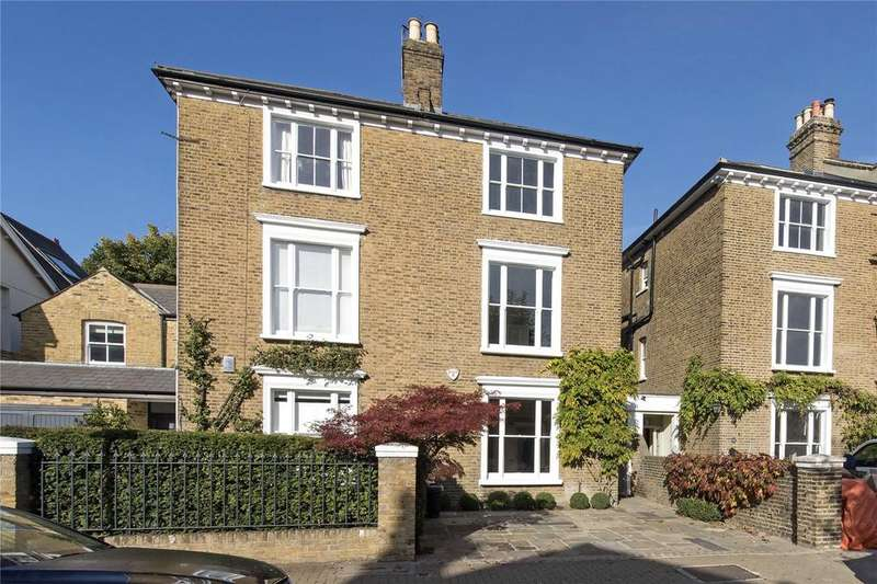 4 Bedrooms Semi Detached House for sale in Brodrick Road, Wandsworth Common, London, SW17
