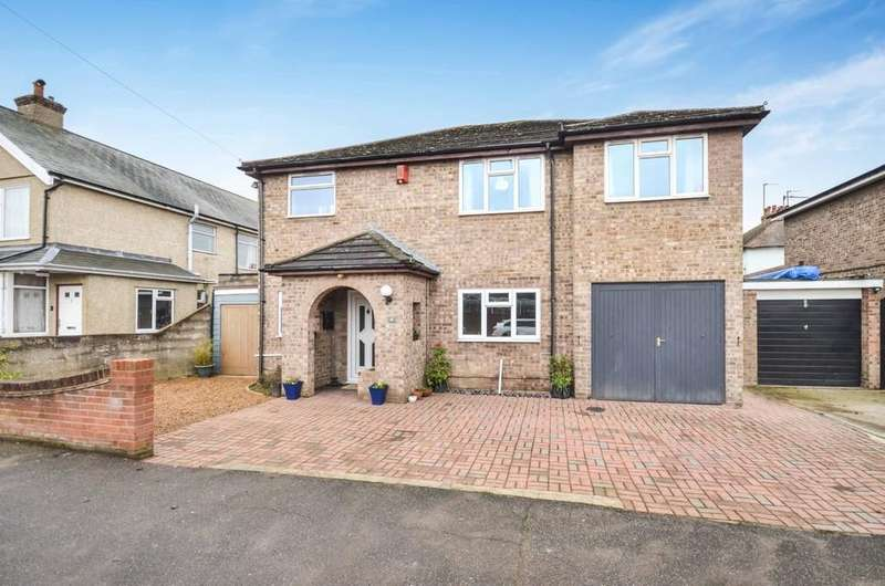 5 Bedrooms Detached House for sale in Nelson Road, Colchester