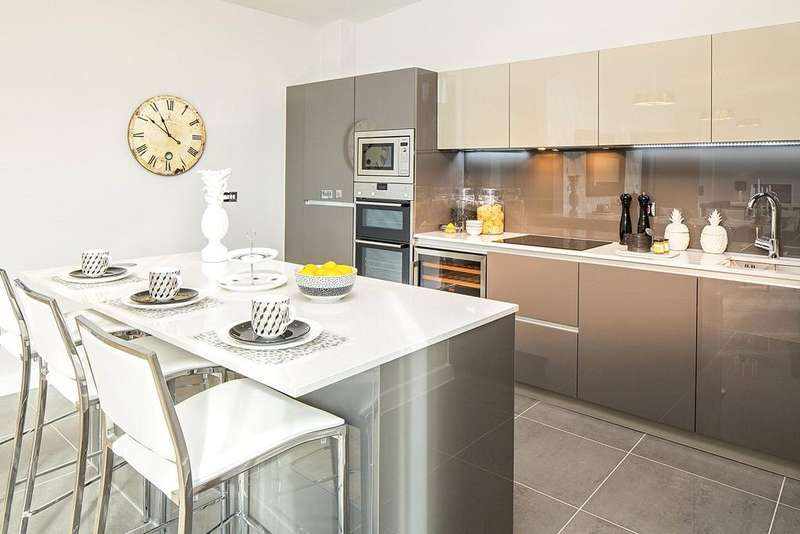 2 Bedrooms Penthouse Flat for sale in Penthouse 6258, Alexandra House, Bath Riverside, Bath, BA2