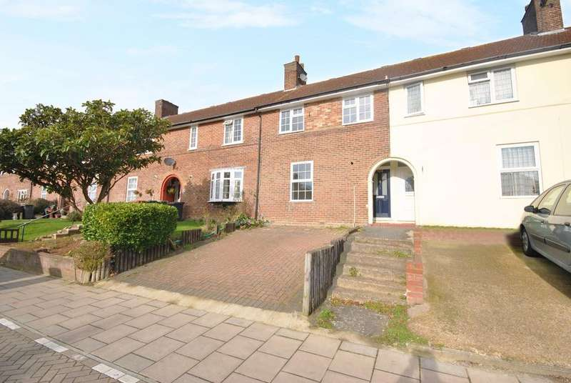 3 Bedrooms Terraced House for sale in Moorside Road Bromley BR1